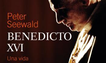 Libro biografía Benedicto XVI